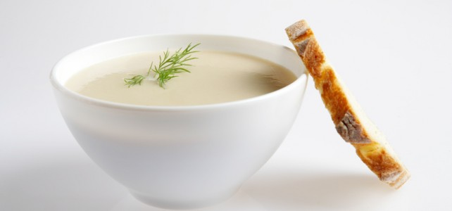 Soupe de céleri et châtaignes